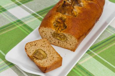 Photo de recette de gâteau aux figues entières, facile, cake Kilomètre-0, blog de cuisine réalisée à partir de produits de saison et issus de circuits courts