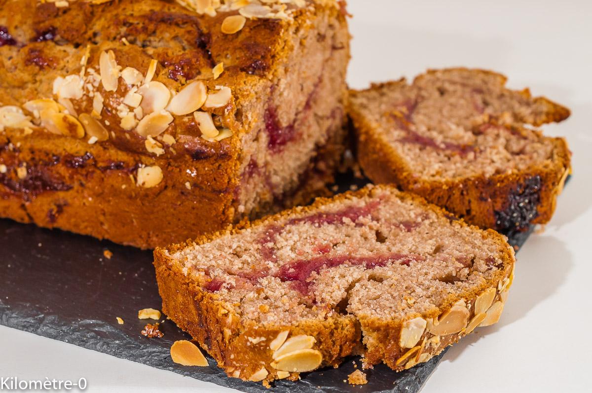 Photo de recette de  gâteau du matin, framboises, châtaignes, facile, rapide, bio, cake, énergétique de Kilomètre-0, blog de cuisine réalisée à partir de produits de saison et issus de circuits courts