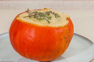 Photo de recette de potimarron farci, facile, cèpes, fromage de Kilomètre-0, blog de cuisine réalisée à partir de produits de saison et issus de circuits courts