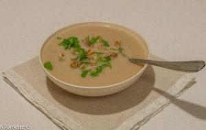 Photo de recette de soupe de légumes, hiver, facile, rapide, légère, céleri aux châtaignes  Kilomètre-0, blog de cuisine réalisée à partir de produits locaux et issus de circuits courts