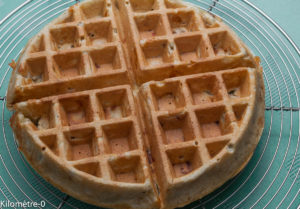image de recette facile, rapide, légère de Kilomètre-0 de gaufres au jambon, noix et comté, fromage, salée, apéro