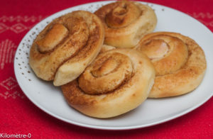 image de recete de brioche à la cannelle suédoise appelée Kanelbulle , facile, maison, recette suédoise, cuisne de Suède de Kilomètre-0
