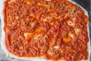 image de pizza maison facile, légère, italienne