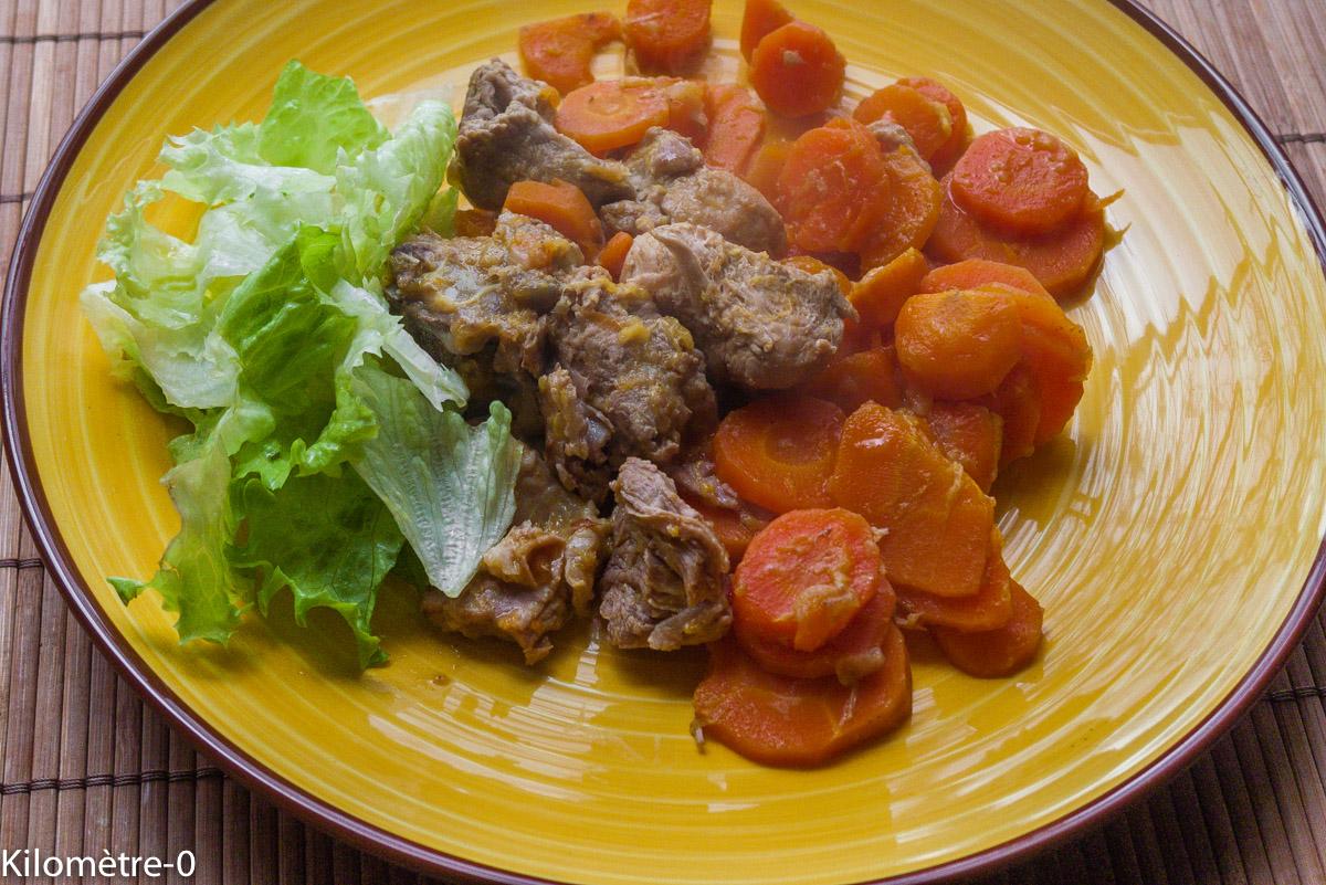 Photo de recette d'échine de porc carottes facile, bio de Kilomètre-0, blog de cuisine réalisée à partir de produits locaux et issus de circuits courts