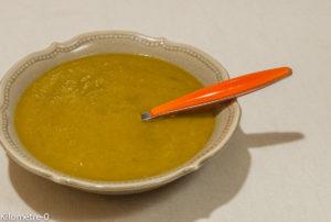 Photo de recette de soupe facile, rapide, potage, velouté, létumes, brocolis carottes de Kilomètre-0, blog de cuisine réalisée à partir de produits locaux et issus de circuits courts