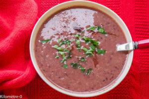 Photo de recette facile, rapide, bio  de soupe de haricots rouges de Kilomètre-0, blog de cuisine réalisée à partir de produits locaux et issus de circuits courts