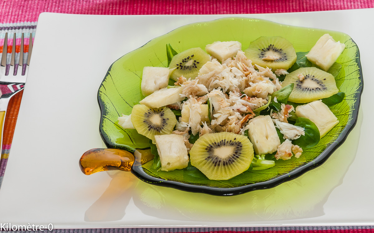 Photo de recette facile, rapide, de salade de crabe aux kiwis de Kilomètre-0, blog de cuisine réalisée à partir de produits locaux et issus de circuits courts