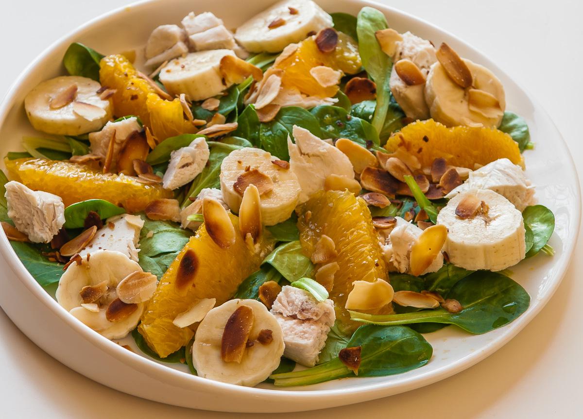 Photo de recette facile, rapide, légère, bio de salade de poulet de Kilomètre-0, blog de cuisine réalisée à partir de produits locaux et issus de circuits courts