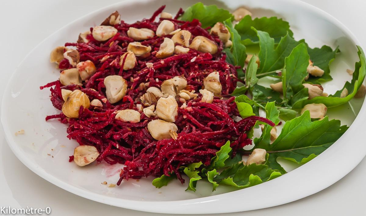 Photo de recette de salade de betterave crue de Kilomètre-0, blog de cuisine réalisée à partir de produits locaux et issus de circuits courts