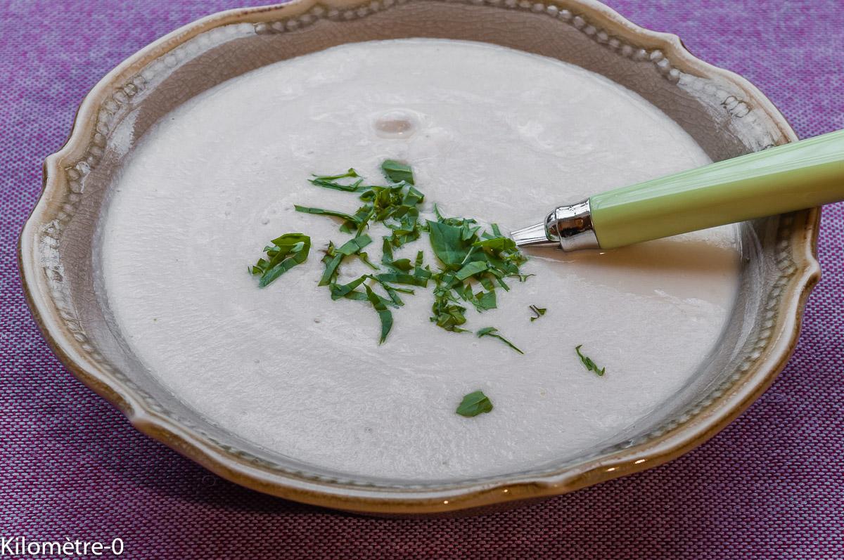 Photo de recette  facile, rapide, légère, bio de crème de topinambours de Kilomètre-0, blog de cuisine réalisée à partir de produits locaux et issus de circuits courts