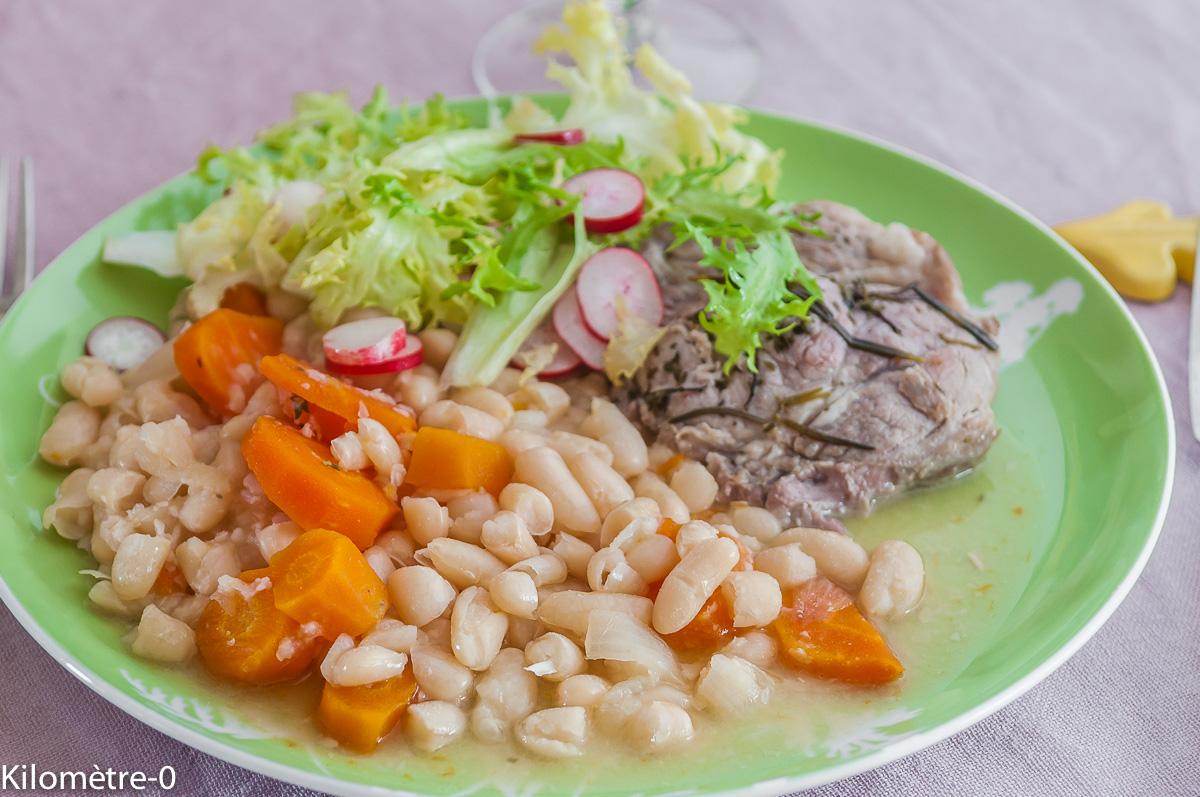 Photo de recette facile, d'échine de porc aux haricots blancs de  Kilomètre-0, blog de cuisine réalisée à partir de produits locaux et issus de circuits courts