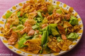 Photo de recette de salade  facile, rapide, légère  de saumon aux crêpes poelées de  Kilomètre-0, blog de cuisine réalisée à partir de produits locaux et issus de circuits courts