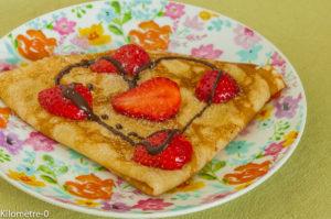 Photo de recette légère, facile, rapide, healthy de crêpe fraises chocolat de  Kilomètre-0, blog de cuisine réalisée à partir de produits locaux et issus de circuits courts