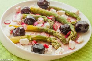 Photo de recette légère, facile, rapide, healthy de salade asperges vertes betteraves et fêta deKilomètre-0, blog de cuisine réalisée à partir de produits locaux et issus de circuits courts