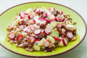 Photo de recette légère, facile, rapide, healthy de salade de blé, tomates confites, concombre et fêta deKilomètre-0, blog de cuisine réalisée à partir de produits locaux et issus de circuits courts