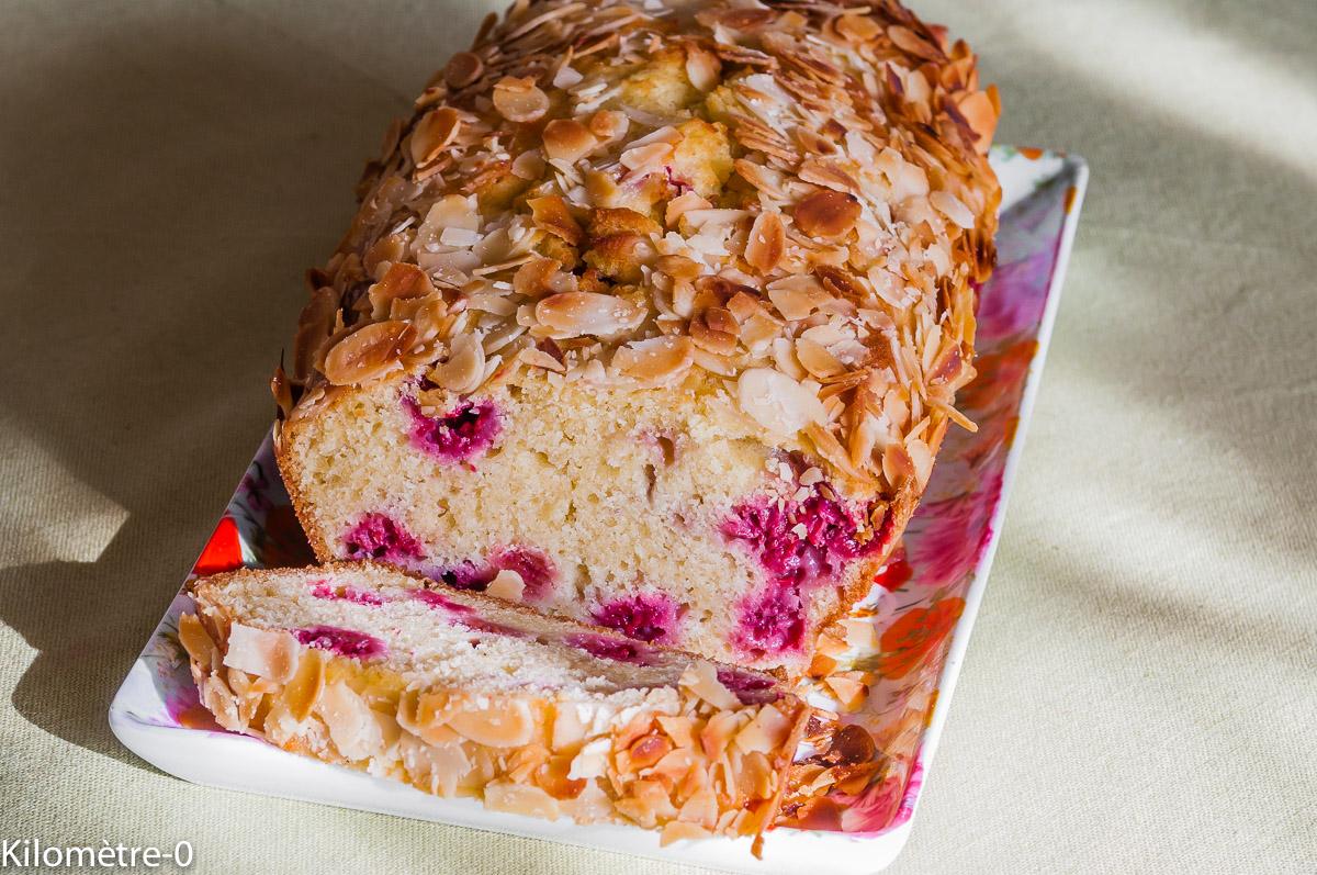 Photo de recette de gâteau du matin amandes framboises de Kilomètre-0, blog de cuisine réalisée à partir de produits locaux et issus de circuits courts