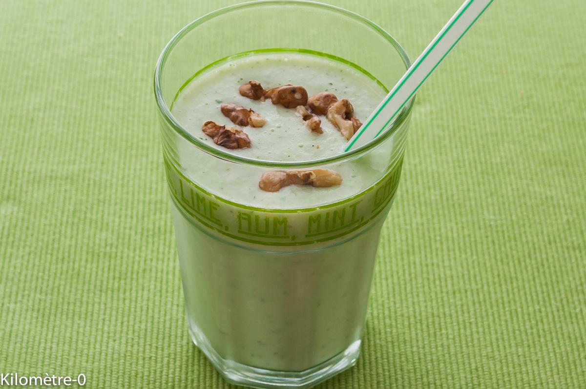 Photo de recette de soupe froide concombre de Kilomètre-0, blog de cuisine réalisée à partir de produits locaux et issus de circuits courts