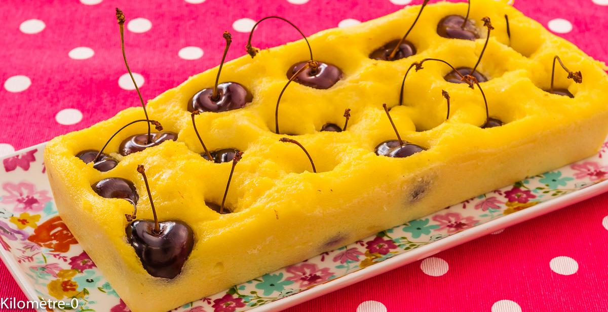Photo de recette de dessert  gâteau semoule cerises facile Kilomètre-0, blog de cuisine réalisée à partir de produits locaux et issus de circuits courts