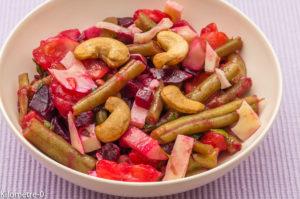 Photo de recette de de salade haricots verts, concombre,tomates, noix cajou, betteraves facile été léger de Kilomètre-0, blog de cuisine réalisée à partir de produits locaux et issus de circuits courts
