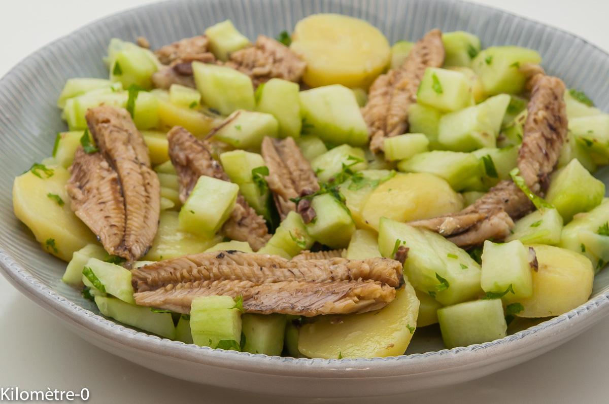 Photo de recette de salade pomme de terre, concombre, sardines, facile, rapide deKilomètre-0, blog de cuisine réalisée à partir de produits locaux et issus de circuits courts