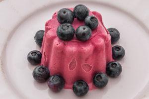 Photo de recette de glace framboises mascarpone de Kilomètre-0, blog de cuisine réalisée à partir de produits locaux et issus de circuits courts