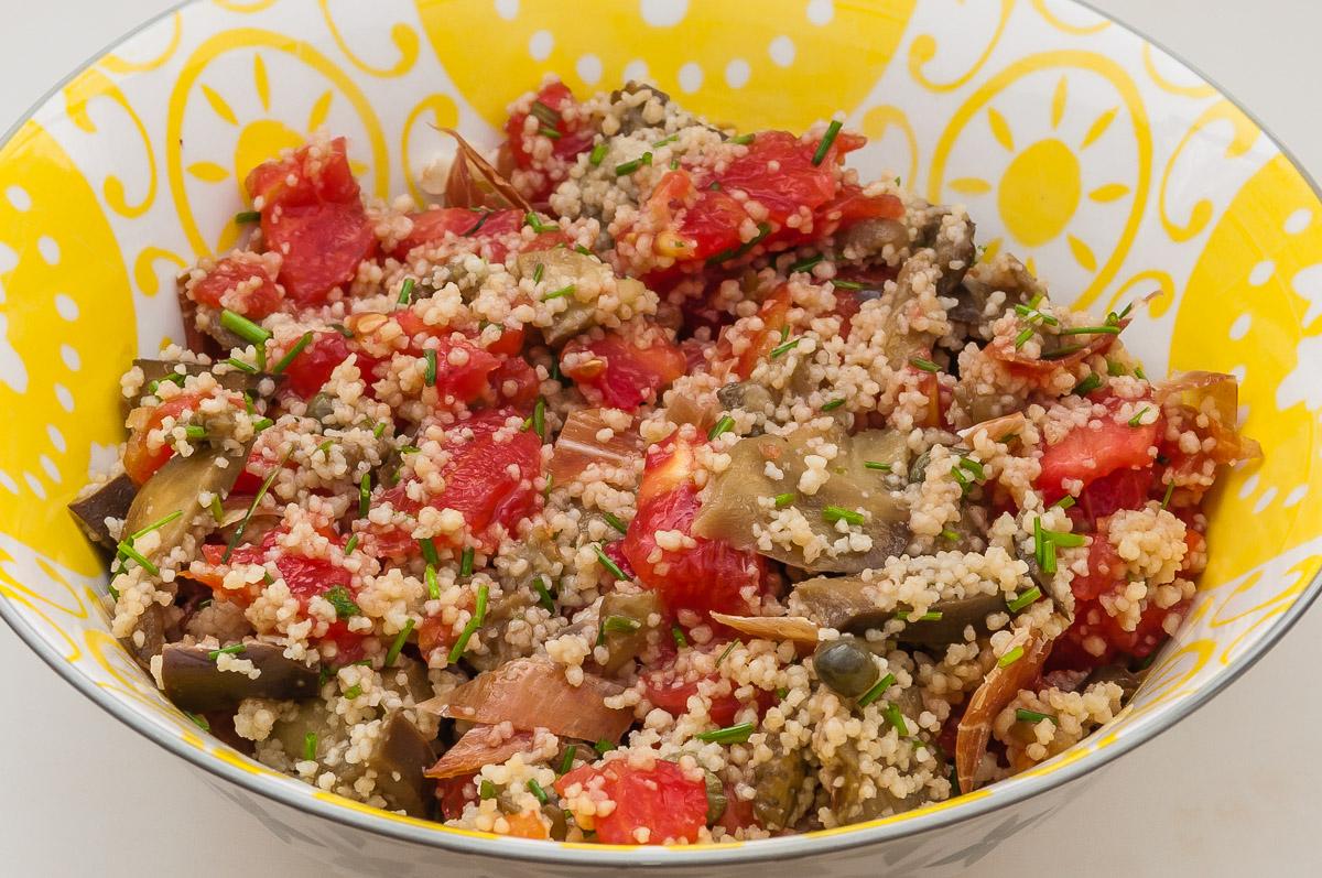 Photo de recette de taboulé aux aubergines de Kilomètre-0, blog de cuisine réalisée à partir de produits locaux et issus de circuits courts
