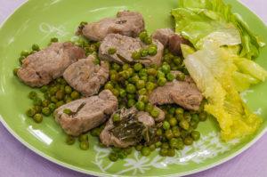 Photo de recette de filet de porc aux petits pois et fines herbes deKilomètre-0, blog de cuisine réalisée à partir de produits locaux et issus de circuits courts