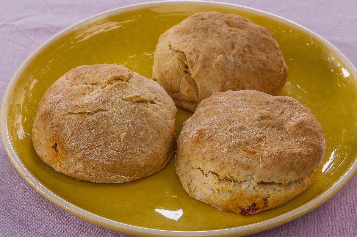 Photo de recette de scones apéro facile chorizo fêta rapide, léger deKilomètre-0, blog de cuisine réalisée à partir de produits locaux et issus de circuits courts