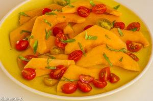 Photo de recette de salade de tomates et melon de Kilomètre-0, blog de cuisine réalisée à partir de produits locaux et issus de circuits courts