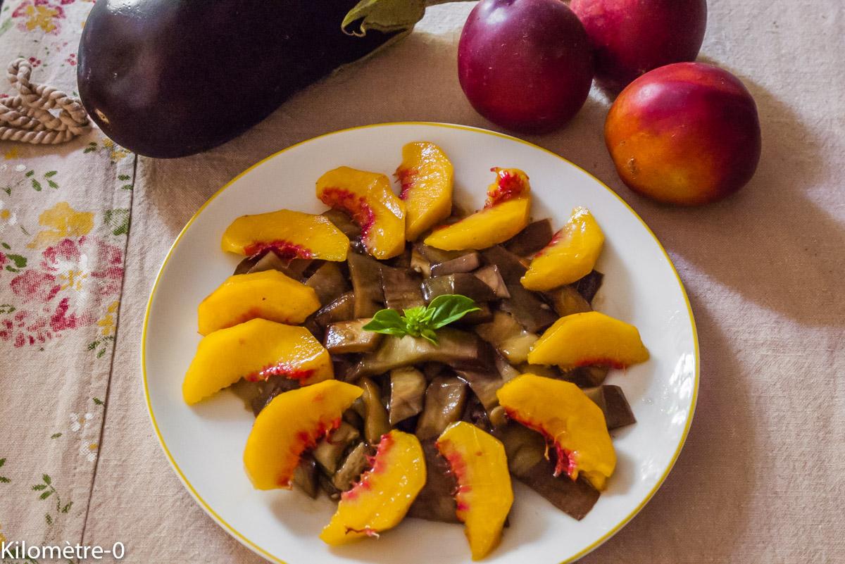 Photo de recette de salade facile rapide légère nectarine aubergine deKilomètre-0, blog de cuisine réalisée à partir de produits locaux et issus de circuits courts