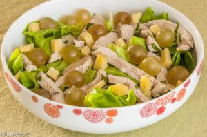 Photo de recette de salade poulet, raisins frais, tomme, facile, rapide, bio de Kilomètre-0, blog de cuisine réalisée à partir de produits locaux et issus de circuits courts