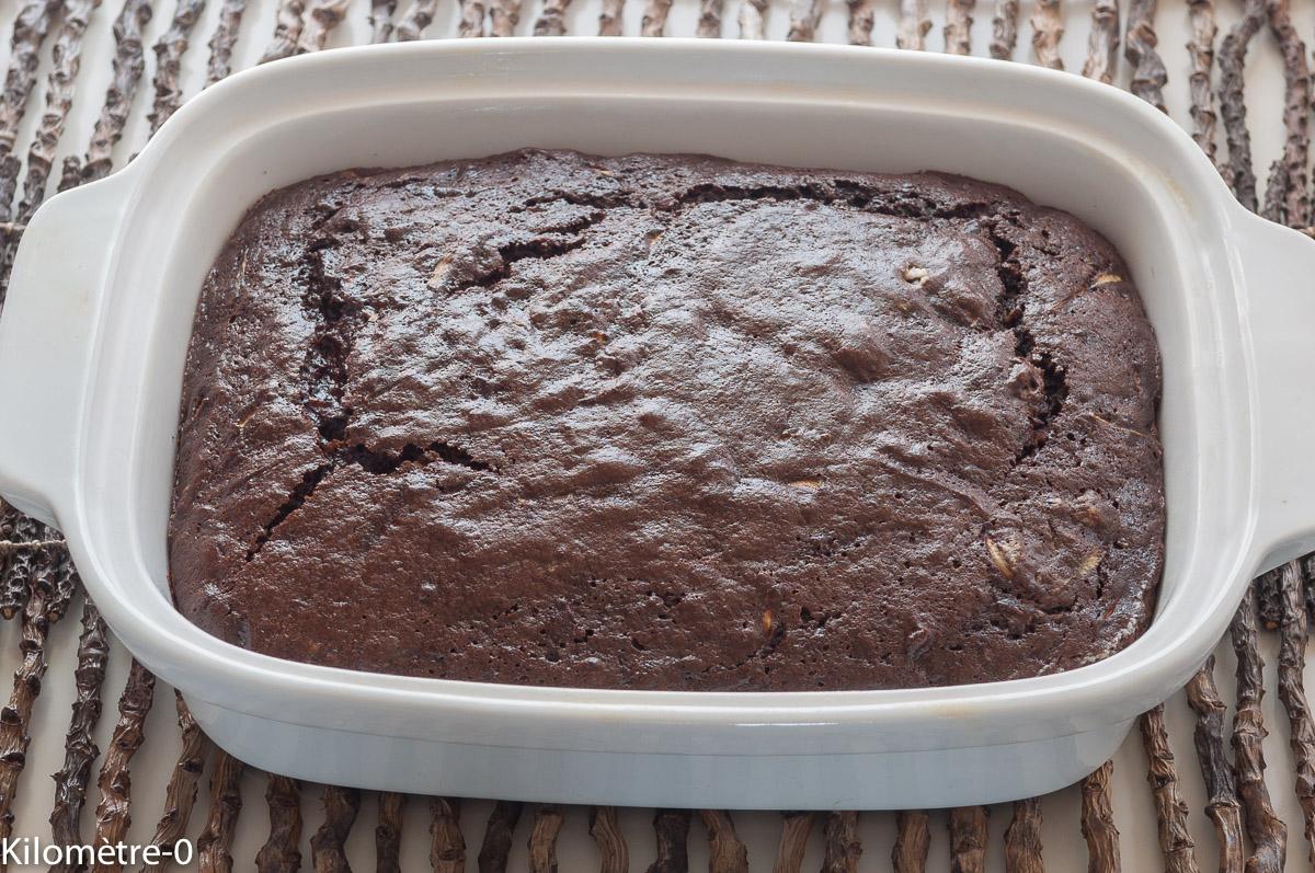 Photo de recette de gâteau fondant, chocolat, courgettes, facile, rapide, bio, léger, économique deKilomètre-0, blog de cuisine réalisée à partir de produits locaux et issus de circuits courts