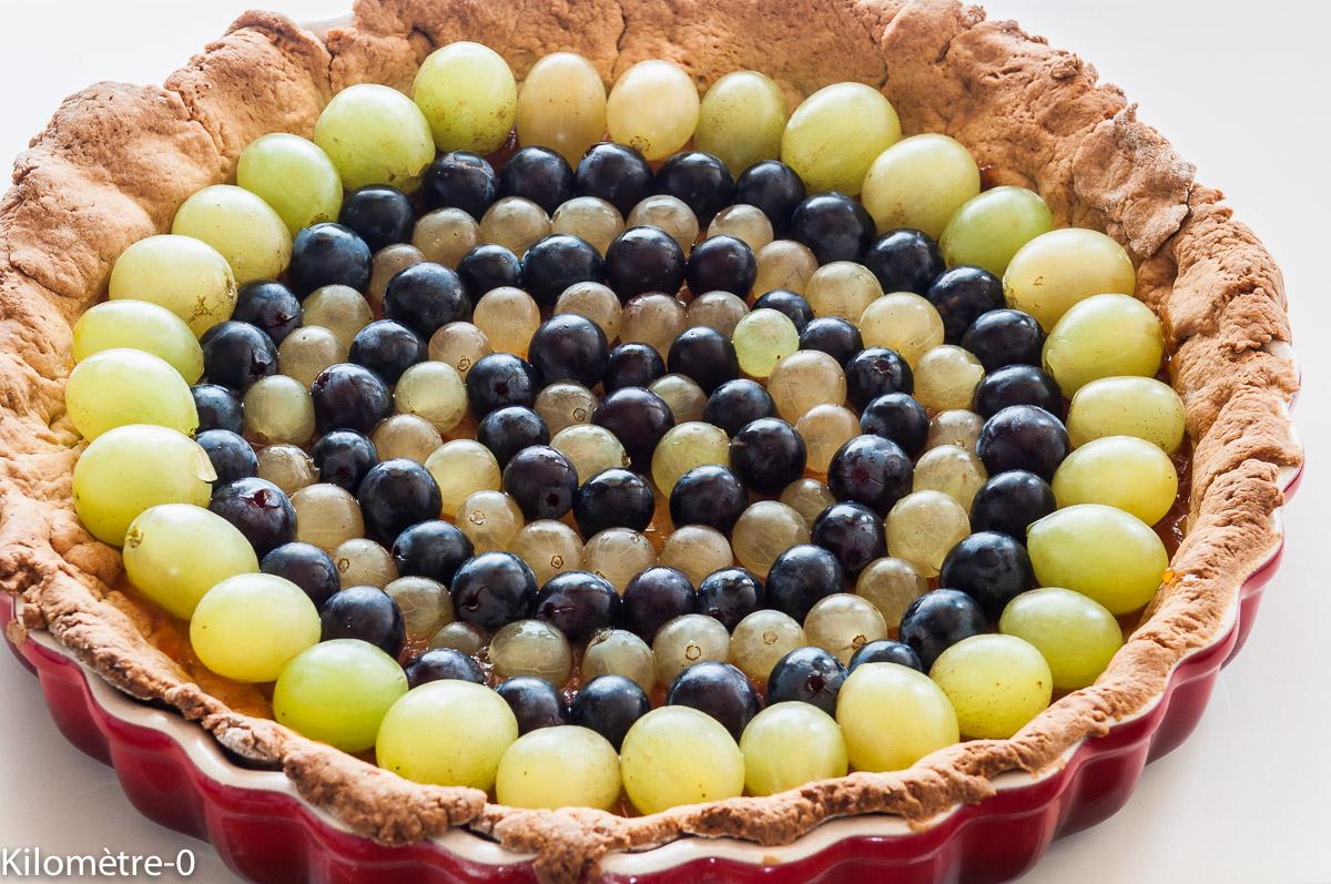 Photo de recette de tarte aux raisins Italie, chasselas, raisin noir, facile rapide, abricot, léger, bio de Kilomètre-0, blog de cuisine réalisée à partir de produits locaux et issus de circuits courts