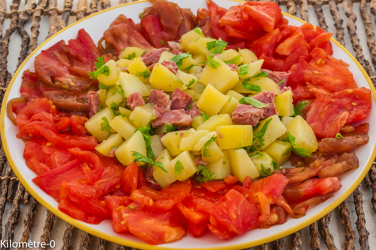 Photo de recette de salade, pomme de terre, jambonneau, facile, rapide, léger, bio de Kilomètre-0, blog de cuisine réalisée à partir de produits locaux et issus de circuits courts