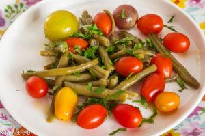 Photo de recette de salade haricots verts, tomates cerises, facile, rapide, légère, bio deKilomètre-0, blog de cuisine réalisée à partir de produits locaux et issus de circuits courts