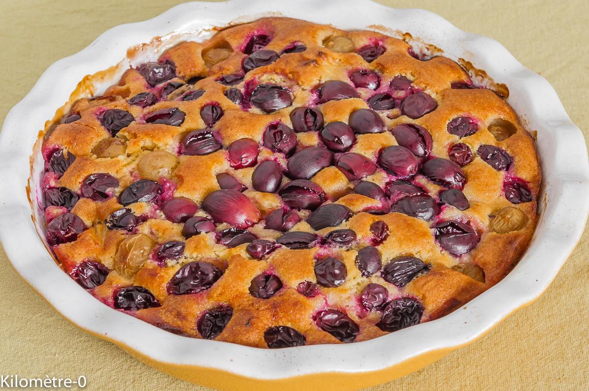 Photo de recette de gâteau aux raisins noirs et aux pommes facile, rapide, bio, léger de Kilomètre-0, blog de cuisine réalisée à partir de produits locaux et issus de circuits courts