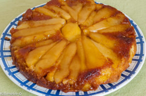 Photo de recette de gâteau renversé aux poires et gingembre, facile, rapide deKilomètre-0, blog de cuisine réalisée à partir de produits locaux et issus de circuits courts