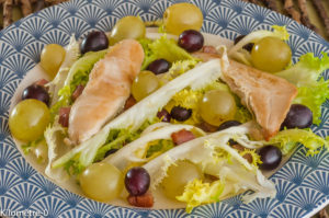 Photo de recette de  salade poulet, raisins frais, raisins blancs, raisins noirs, bio, léger, rapide, facile deKilomètre-0, blog de cuisine réalisée à partir de produits locaux et issus de circuits courts