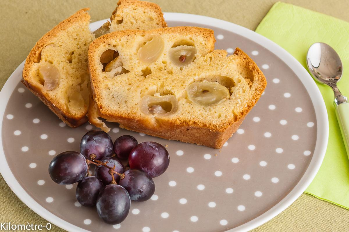 Photo de recette de cake raisins frais, limoncellon, raisins d'Italie, facile, rapide, économique, simple, bio de Kilomètre-0, blog de cuisine réalisée à partir de produits locaux et issus de circuits courts