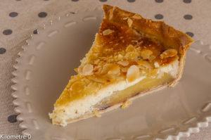 Photo de recette de tarte, poires, amandes, cerises, facile, rapide, léger, bio,Kilomètre-0, blog de cuisine réalisée à partir de produits locaux et issus de circuits courts