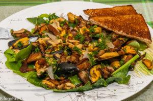 Photo de recette de moules, facile, cèpes, rapide, léger, simple, salade, Kilomètre-0, blog de cuisine réalisée à partir de produits locaux et issus de circuits courts
