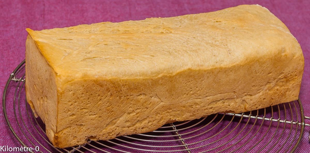 Photo de recette de pain de mie maison, facile, rapide, bio, léger, de Kilomètre-0, blog de cuisine réalisée à partir de produits locaux et issus de circuits courts