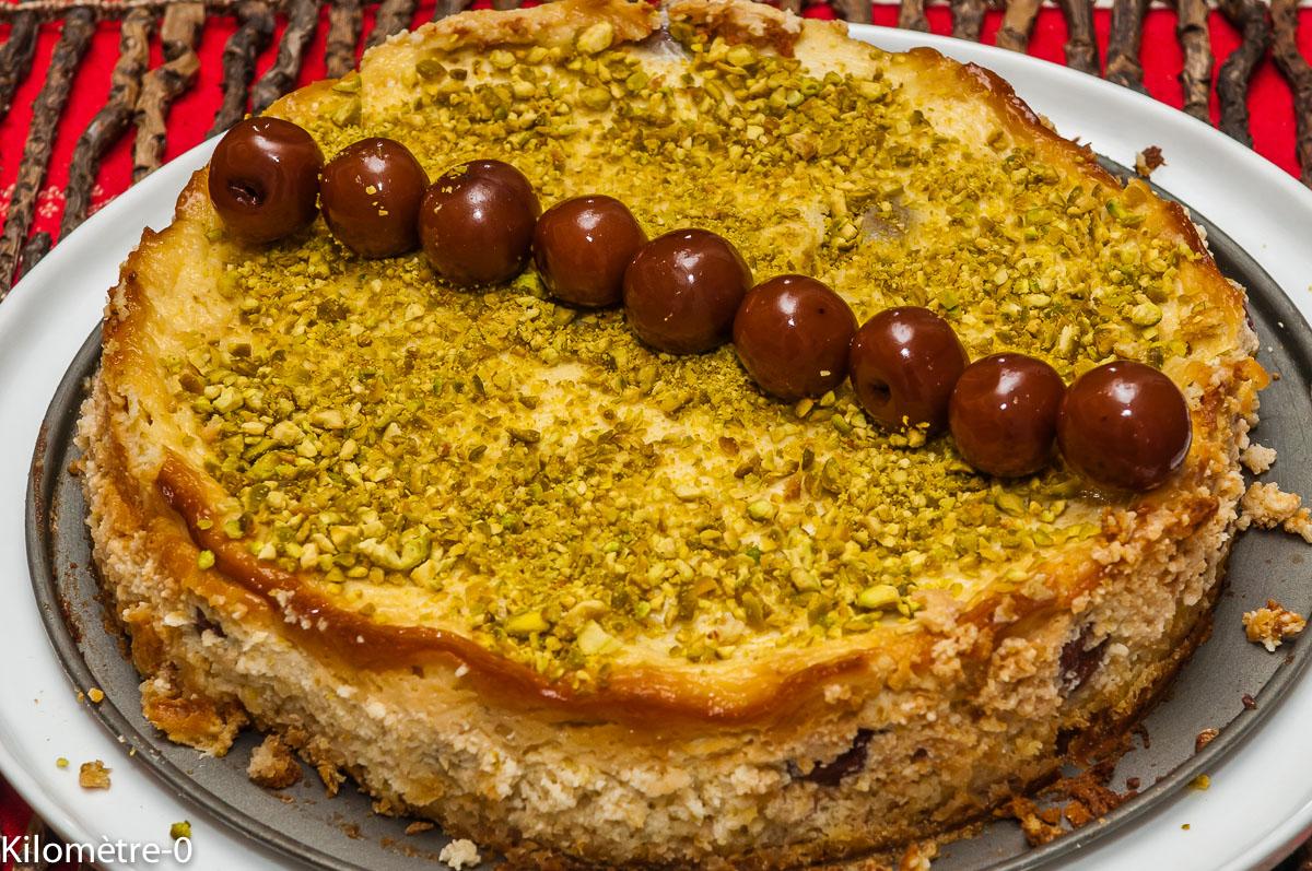 Photo de recette de cheesecake, pistache, cerises, griottes, facile, rapide, léger, Kilomètre-0, blog de cuisine réalisée à partir de produits locaux et issus de circuits courts