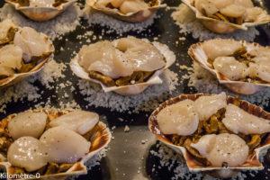 Photo de recette de coquilles, saint jacques, girolles, facile, rapide, léger, Kilomètre-0, blog de cuisine réalisée à partir de produits locaux et issus de circuits courts