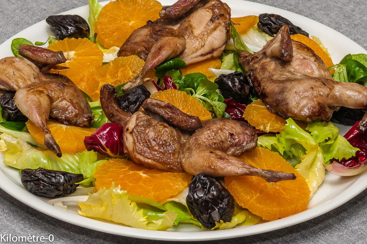 Photo de recette de salade, caille, sauce soja, orange, pruneaux, facile, léger, rapide, Kilomètre-0, blog de cuisine réalisée à partir de produits locaux et issus de circuits courts