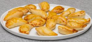 Photo de recette de pirojkis, cuisine russe, facile, léger, bio, économique, chausson, Kilomètre-0, blog de cuisine réalisée à partir de produits locaux et issus de circuits courts