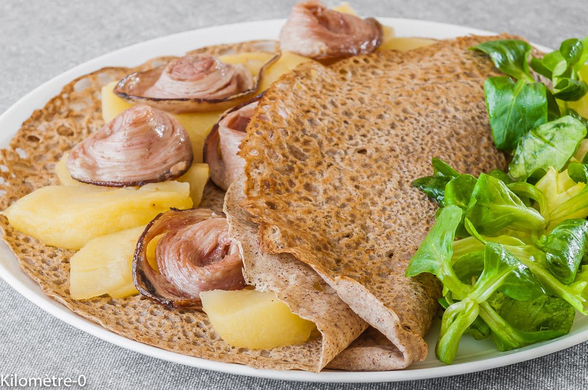 Photo de recette de galette andouille, pomme, facile, Bretagne, rapide, léger, bio de Kilomètre-0, blog de cuisine réalisée à partir de produits locaux et issus de circuits courts