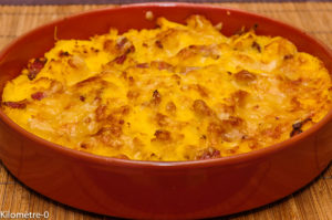 Photo de recette de gratin, polenta, lardons, facile, rapide, bio,  Kilomètre-0, blog de cuisine réalisée à partir de produits locaux et issus de circuits courts