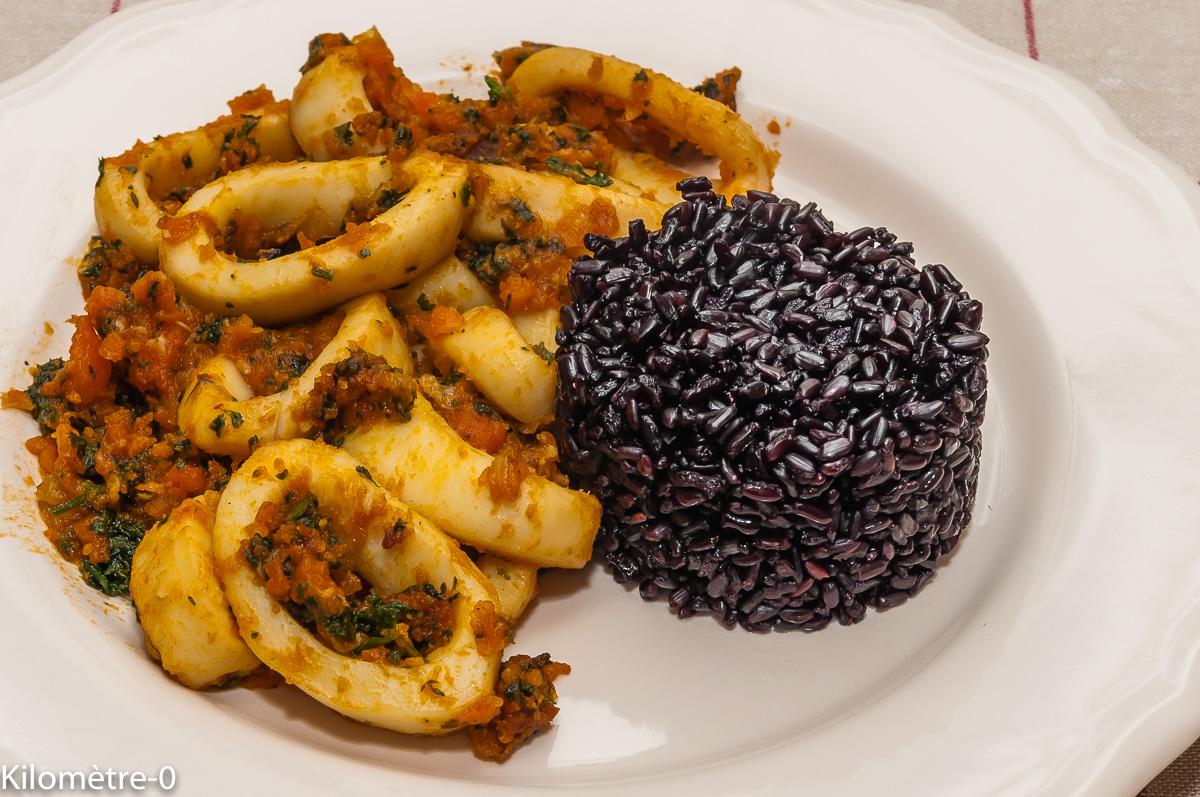 Photo de recette d'encornet, sauté, riz noir, facile, rapide, léger de  Kilomètre-0, blog de cuisine réalisée à partir de produits locaux et issus de circuits courts