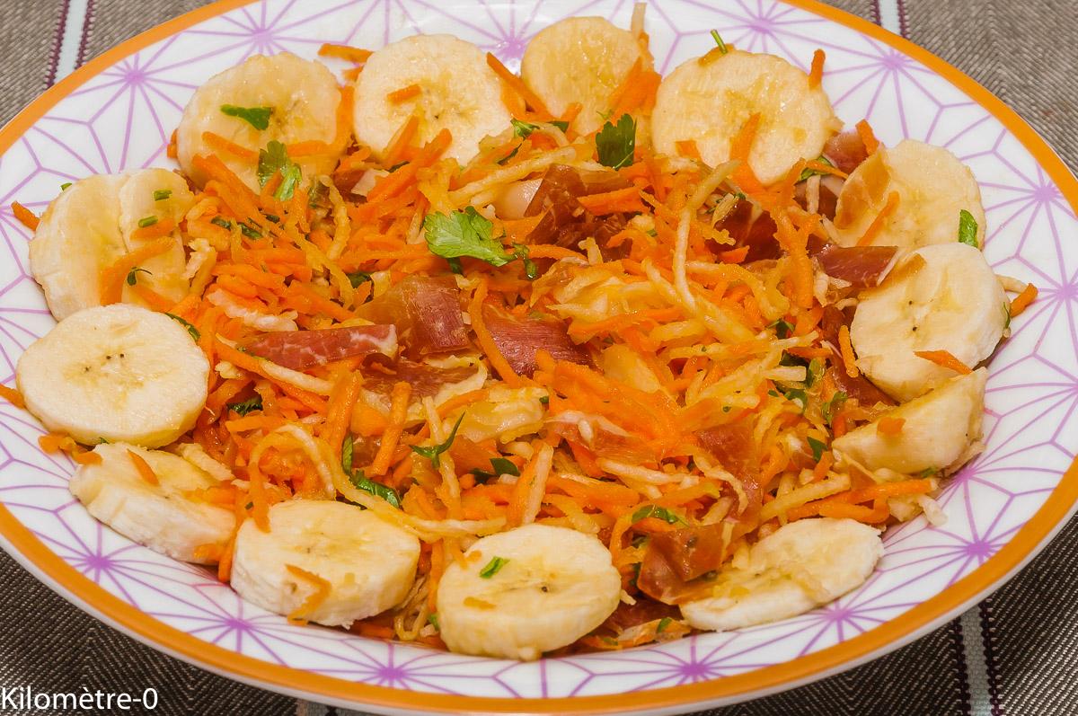Photo de recette de salade, carotte, radis noir, banane, jambon, bio de Kilomètre-0, blog de cuisine réalisée à partir de produits locaux et issus de circuits courts